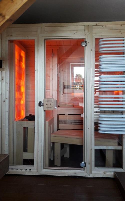 Blockbohlenelementsauna aus massivholz everding herford for Fenster herford